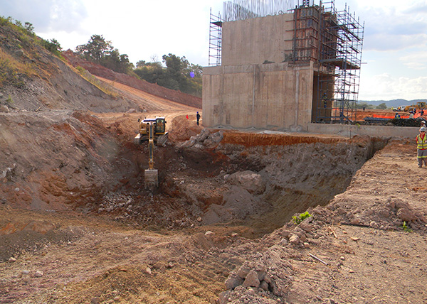 Construction of Earth Retaining Wall next to Primary Crusher